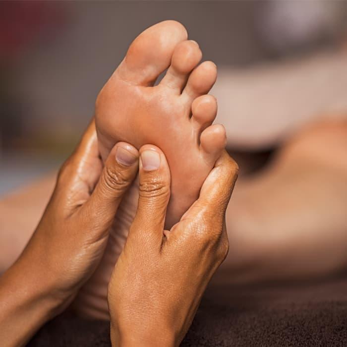 Kopf- & Fußmassage Padshiro